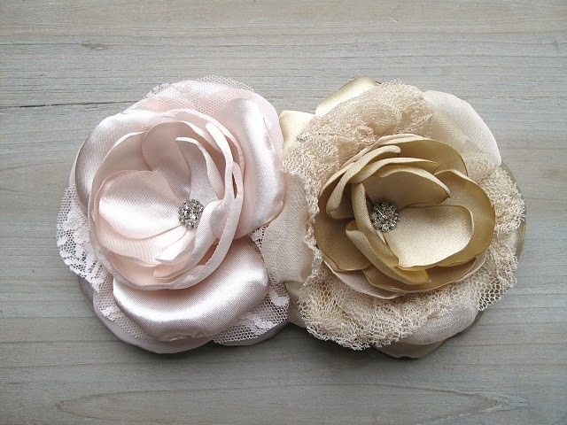 Bespoke-bridal-acceessories-wedding-hair-flowers.full