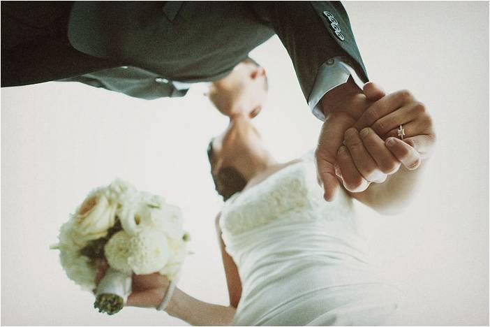 Elegant-sophisticated-wedding-portland-oregon-white-wedding-dress-bridal-bouquet-bridesmaids.full