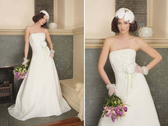 Classic a-line strapless ivory wedding dress with bow detail at waist