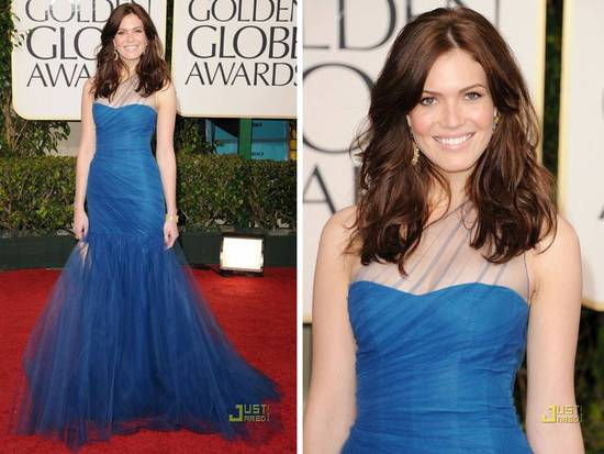 Mandy Moore wears blue Monique Lhuillier drop-waist gown to 2011 Golden Globes