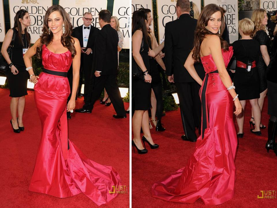Sophia Vergara in hot pink Vera Wang mermaid dress at 2011 Golden Globes