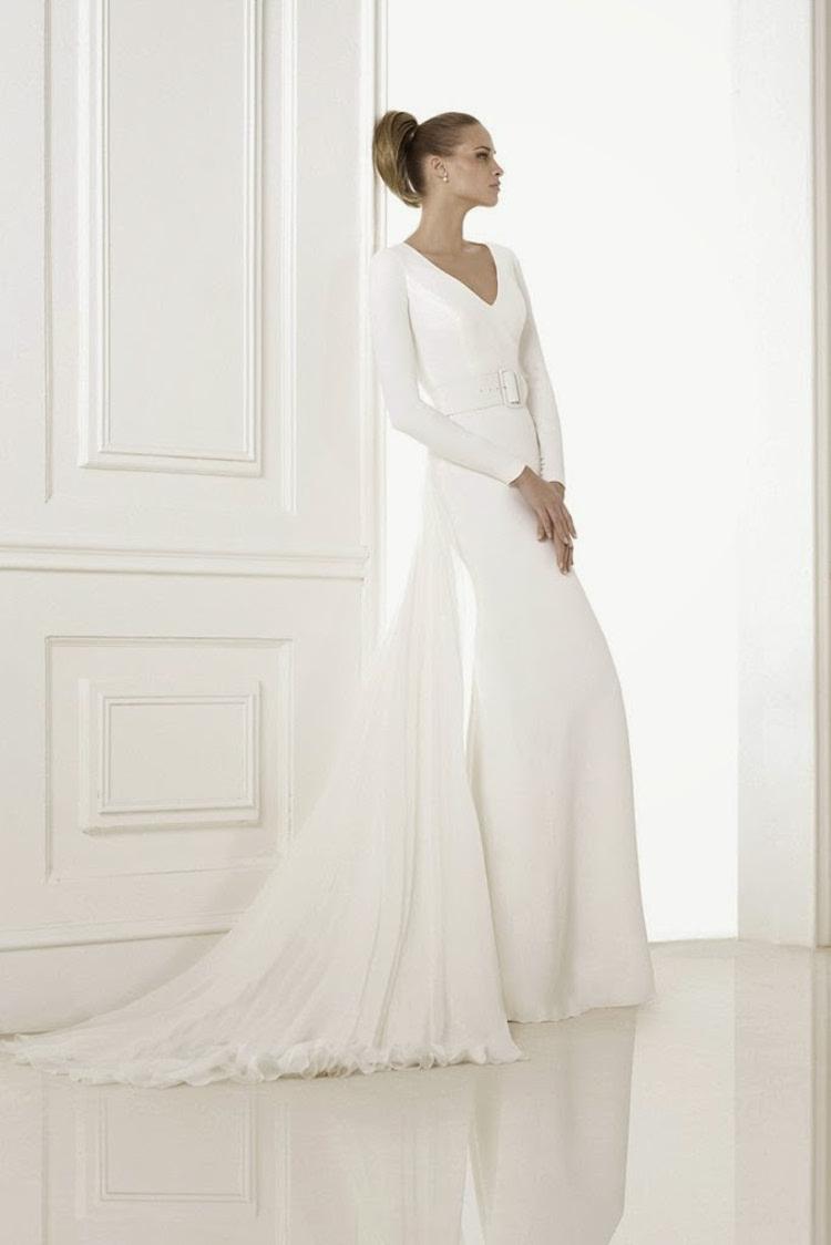 Minimalist_wedding_gown_from_pronovias.full