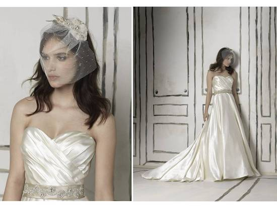 Classic a-line ivory wedding dress from Justin Alexander's 2011 collection