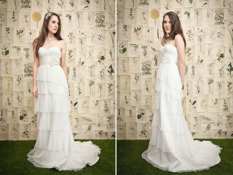 White Strapless Column Wedding Dress With Ruffle Tiered