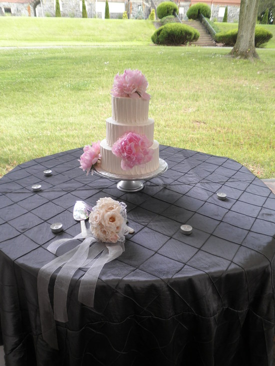 Chateau Tent Cake Table