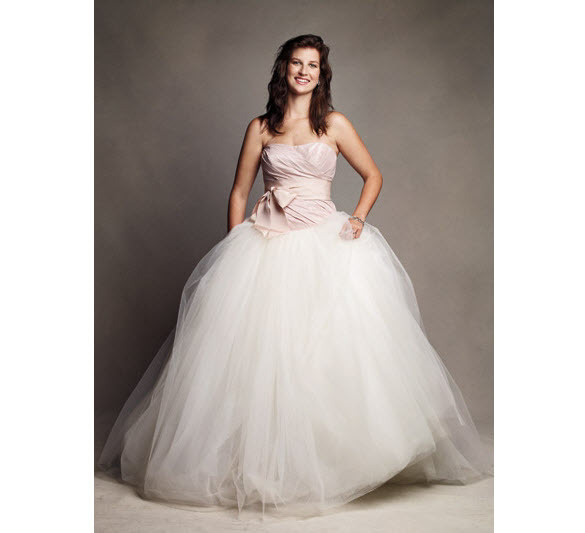 403f6f3ce413 You can win a Vera Wang wedding dress from Glamour.com