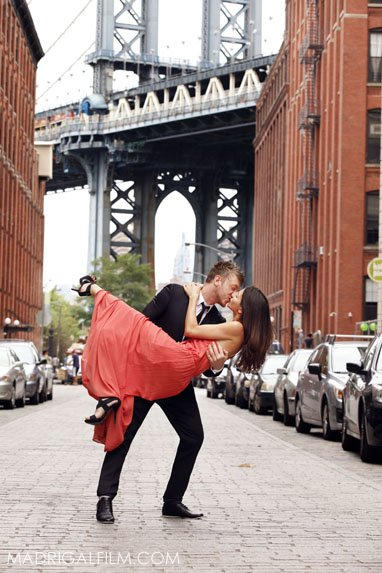 3_nyc_wedding_photogapher_dumbo_brooklyn_carly_andy