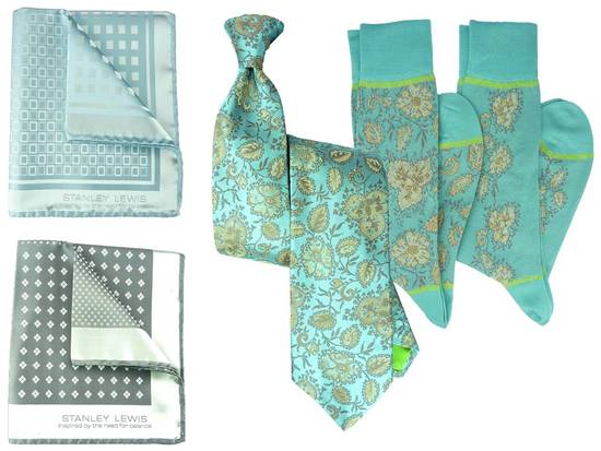 Turquoise and teal paisly Italian necktie and pocket squares for your groom