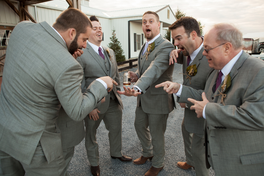 Funny_groomsmen_picture.full