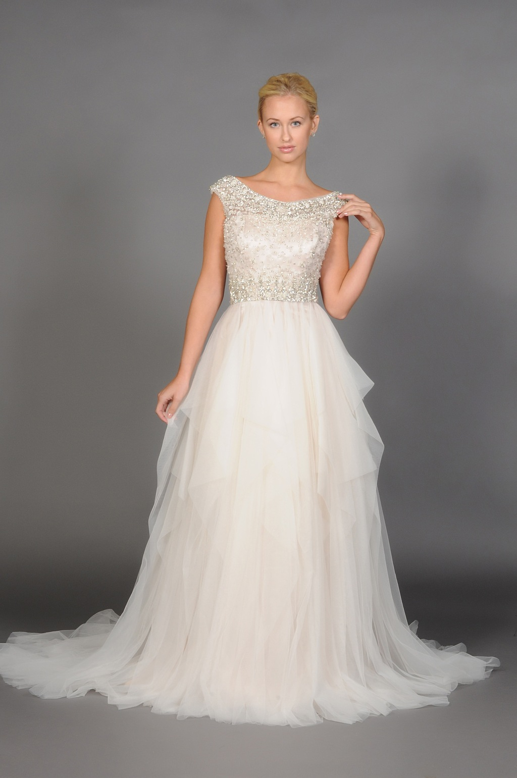 Eugenia_2014_wedding_gown_style_3900.full