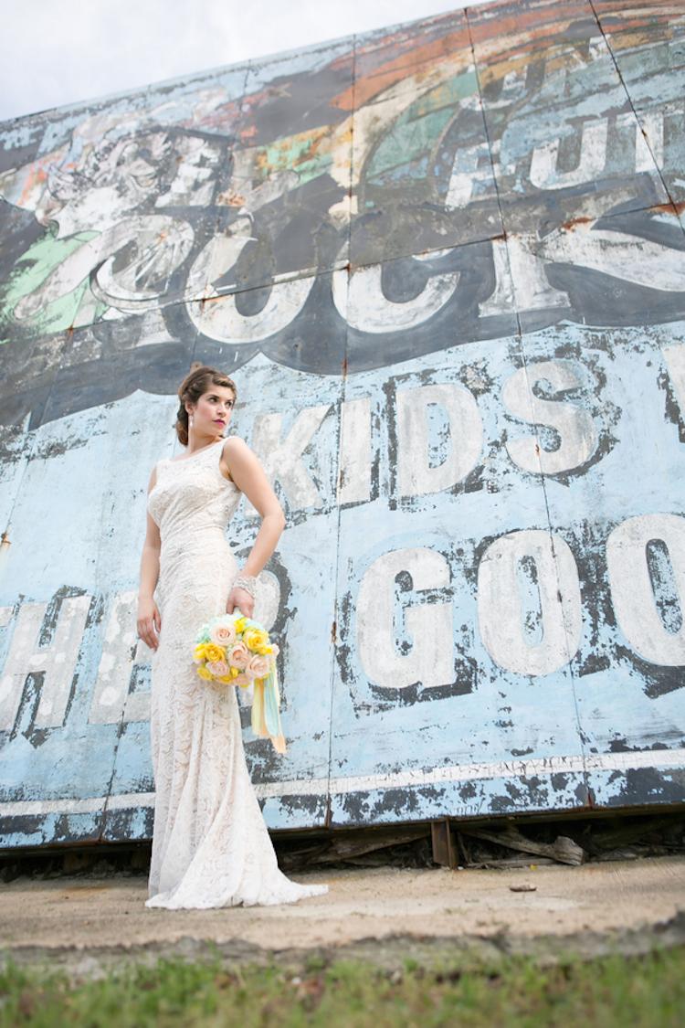 Modern_wedding_photo_of_the_bride.full