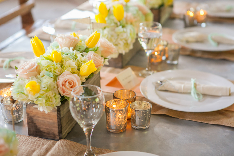 Pastel_summer_centerpieces.full