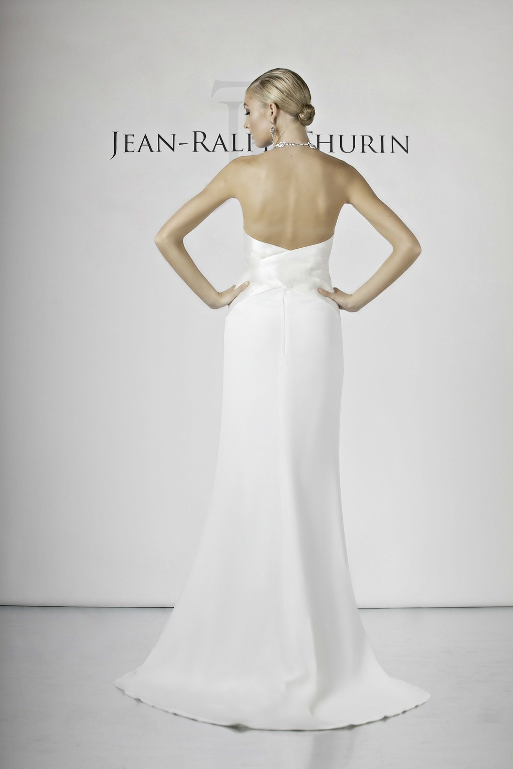 Marie_france_by_jean-ralph_thurin_2014_back.full