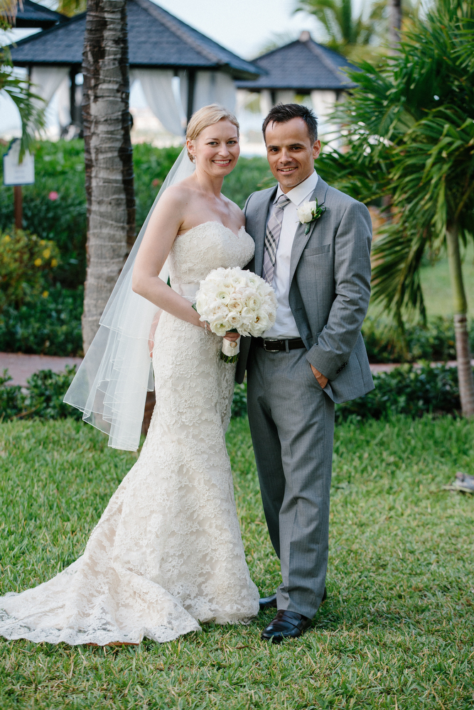 Real_wedding_couple_in_turks_and_caicos.full