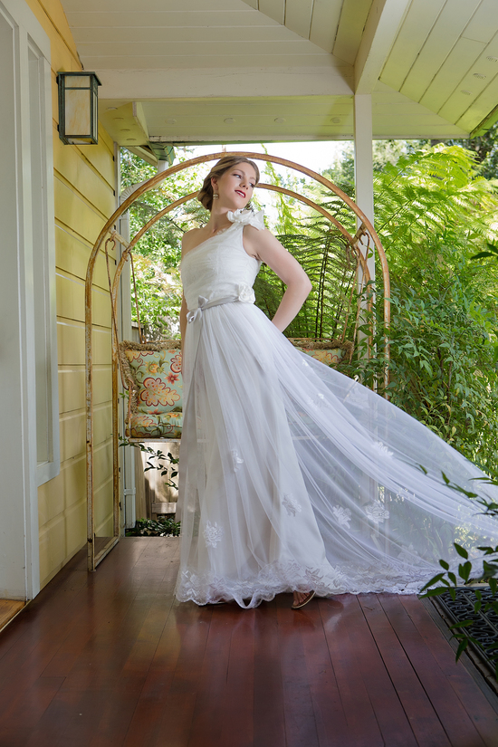Romantic unique gown by Amy Jo Tatum