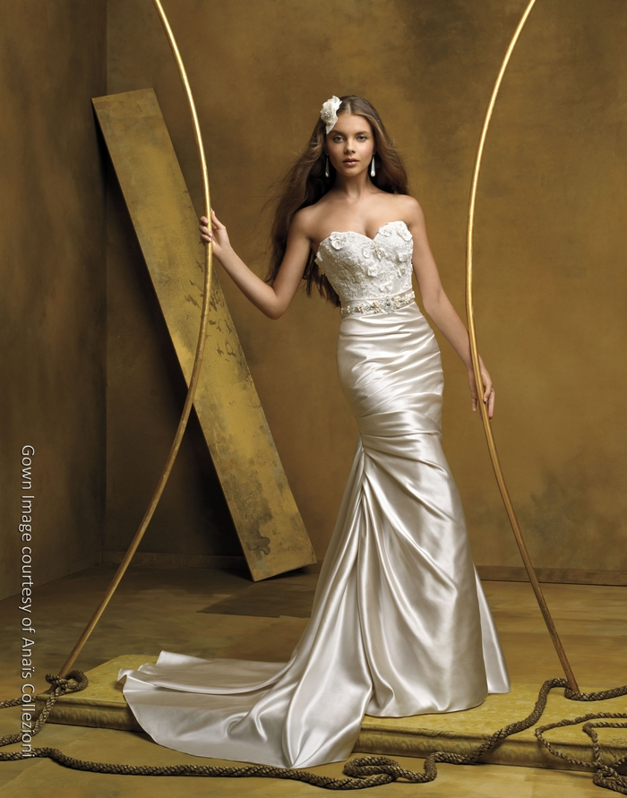 Champagne mermaid silk wedding dress with sweetheart for Satin mermaid style wedding dresses
