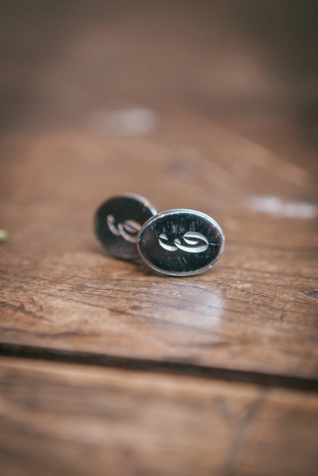 Initialed_cufflinks_for_the_groom.full