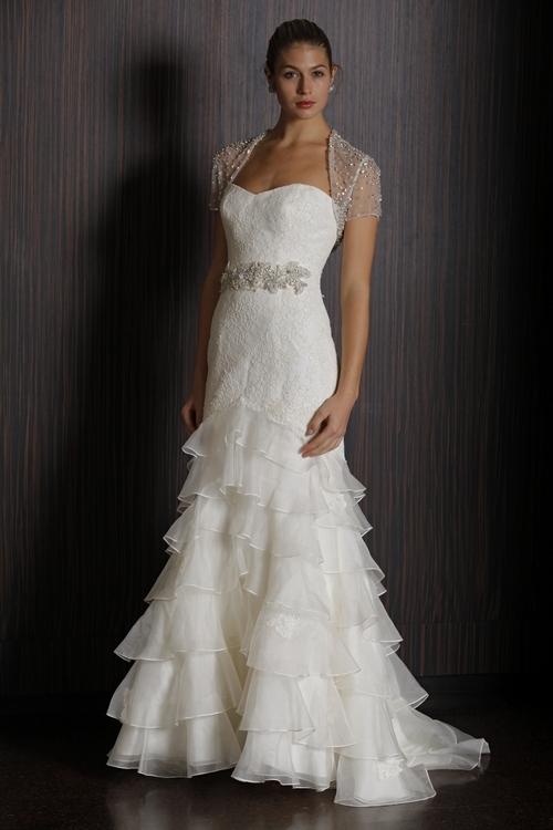 Badgley-mischka-2011-wedding-dress-castellano-lace-ruffled-skirt.full