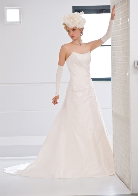 Francisco-reli-2011-wedding-dress-classic-white-a-line-strapless-prune.full