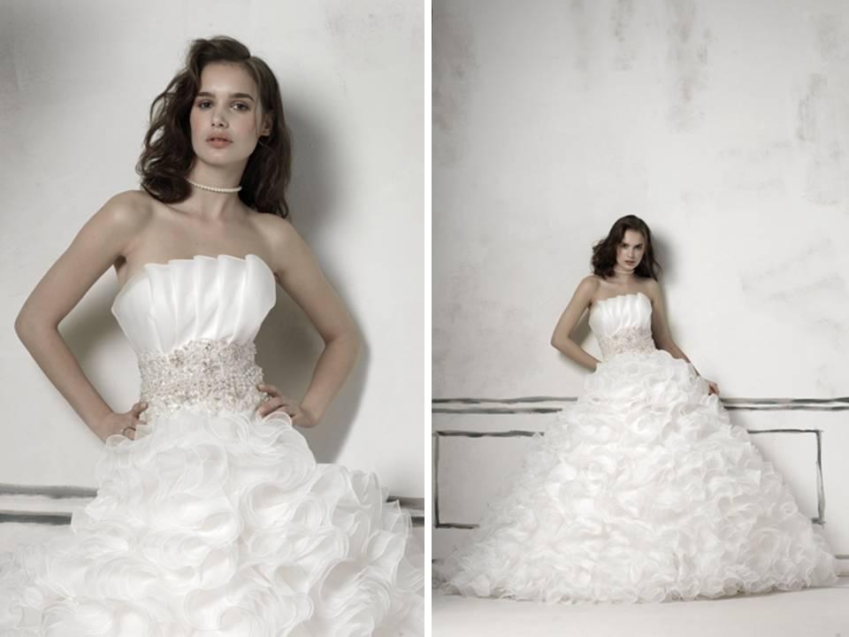 Justin Alexander 2011 ball gown wedding dress with crumb catcher ...