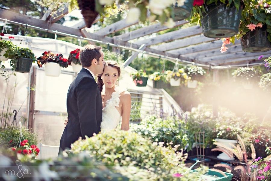 Chic-romantic-outdoor-wedding-bride-in-white-halter-wedding-dress.full