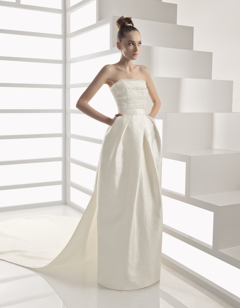 photo of 2011 Wedding Dresses from Rosa Clara!