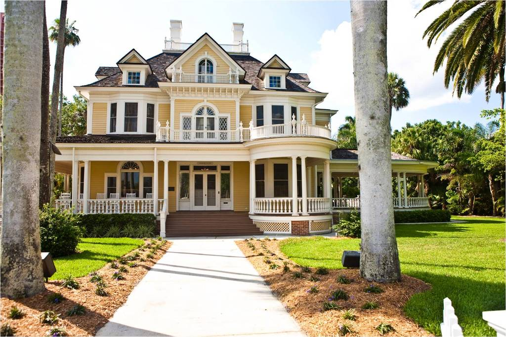 Beautiful Fort Meyers Florida Wedding Venue The Burroughs Home