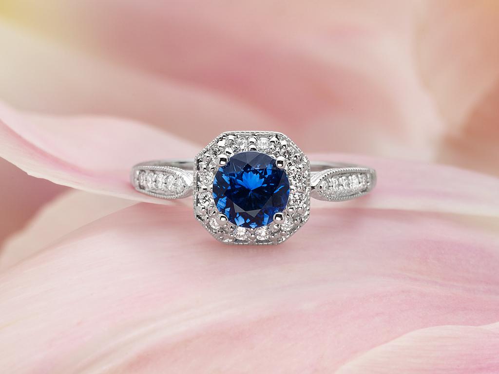 Victorian_sapphire_halo_ring.full
