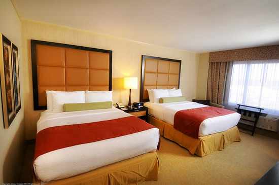Crowne Plaza Wilmington North guest accommodations