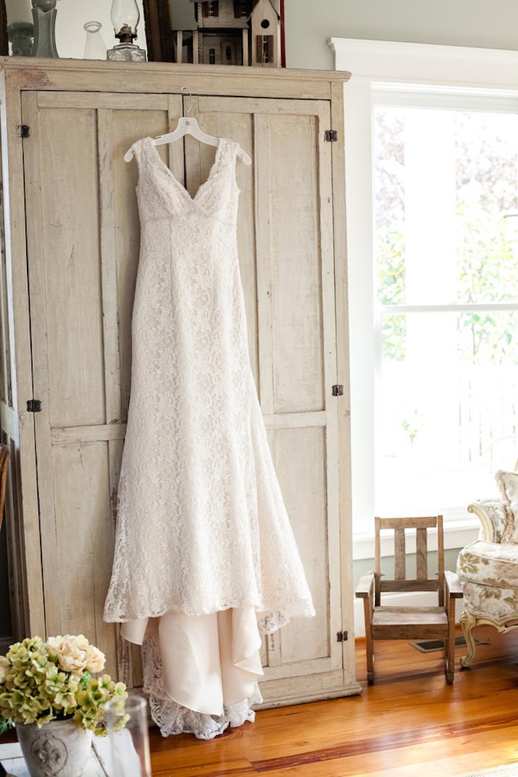 Lovely_lace_dress.full