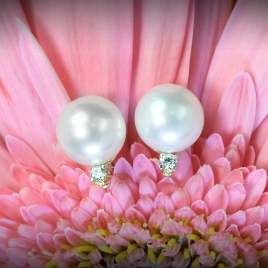 Whiteflash-pearl-diamond-earrings-studs-giveaway-7.full