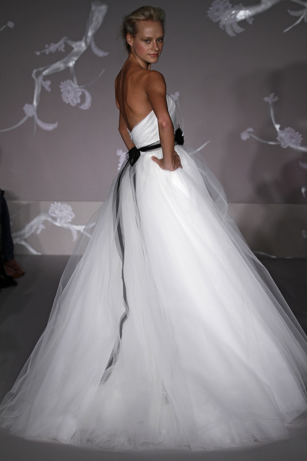 Gorgeous white ball gown wedding dress with tulle skirt and black ...