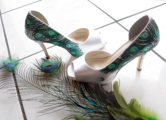 White peep-toe bridal heels handpainted with peacock motif by Etsy designer