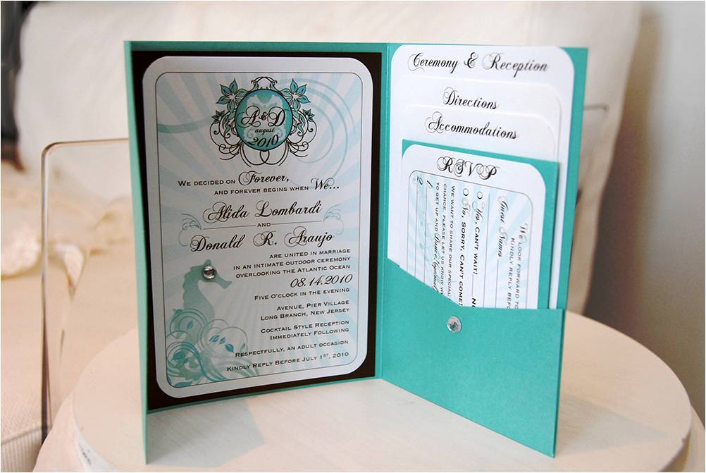 beach-themed wedding invitations that were totally DIY!