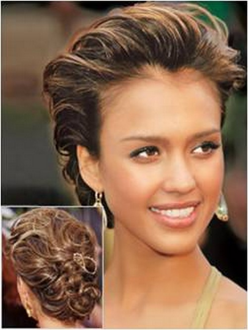 Modern Take On The Classic French Twist Jessica Alba On The Red Carpet
