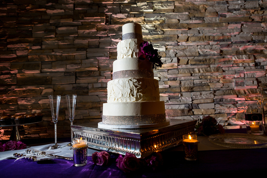 the gorgeous cake with uplighting!