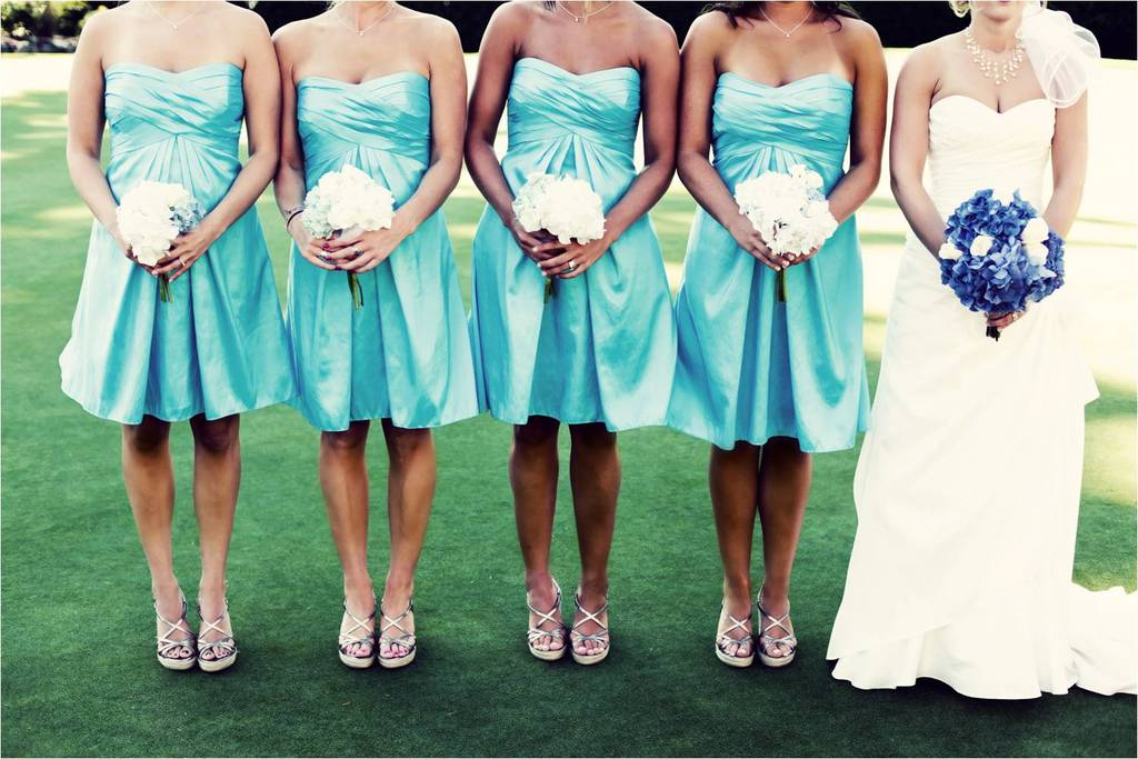 Outdoor-summer-washington-wedding-aqua-strapless-bridesmaids-dresses-white-bridesmaids-bouquets-white-sweetheart-wedding-dress.full