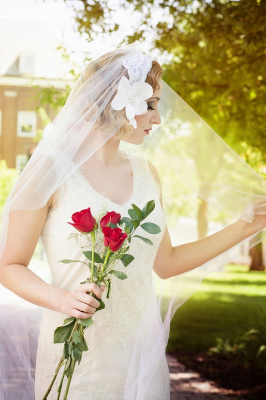 Beautiful Veil with Lace Headband and Flower Detail