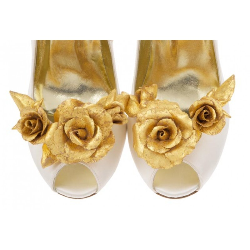 Aurora Shoe Clip with real gold leaf floral detail
