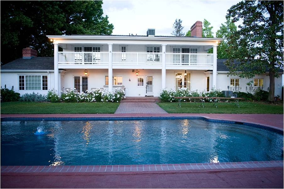 Sacramento-california-wedding-venue-winery-traditional-with-pool-trees.full
