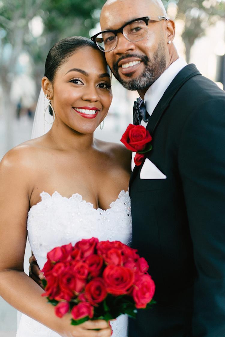 Lovely_newlyweds.full