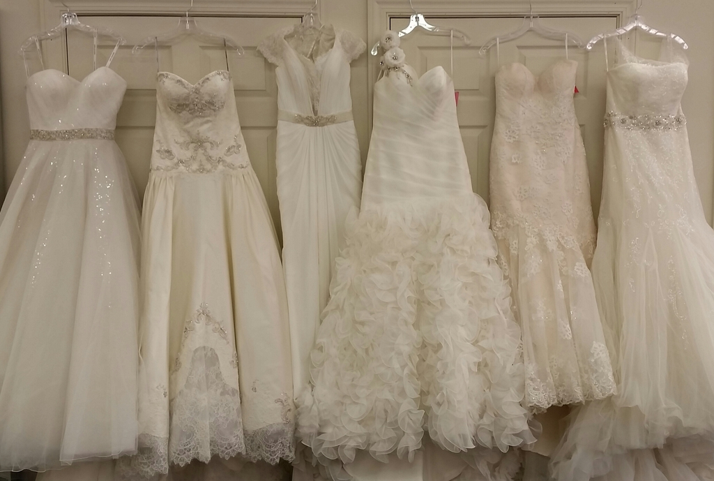 Bride to be consignment bloomington minnesota wedding for Wedding dress thrift shop