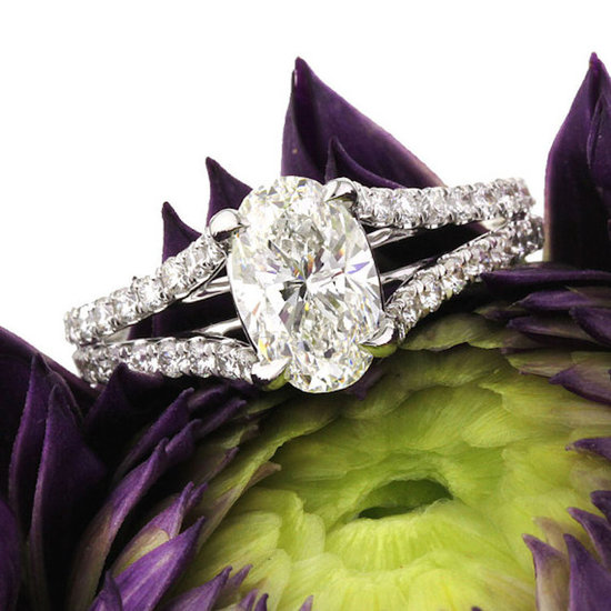Oval Cut Diamond with Micropave Setting