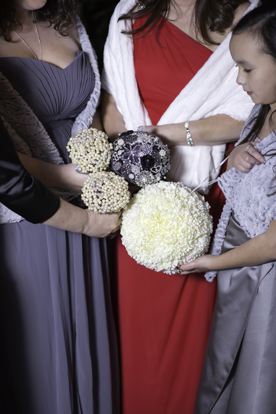 Brooch Bridal Bouquet, Pearl Bridesmaid Bouquets, Flower girl Pomander