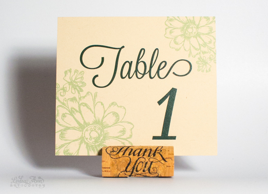 Antique Daisies Table Card