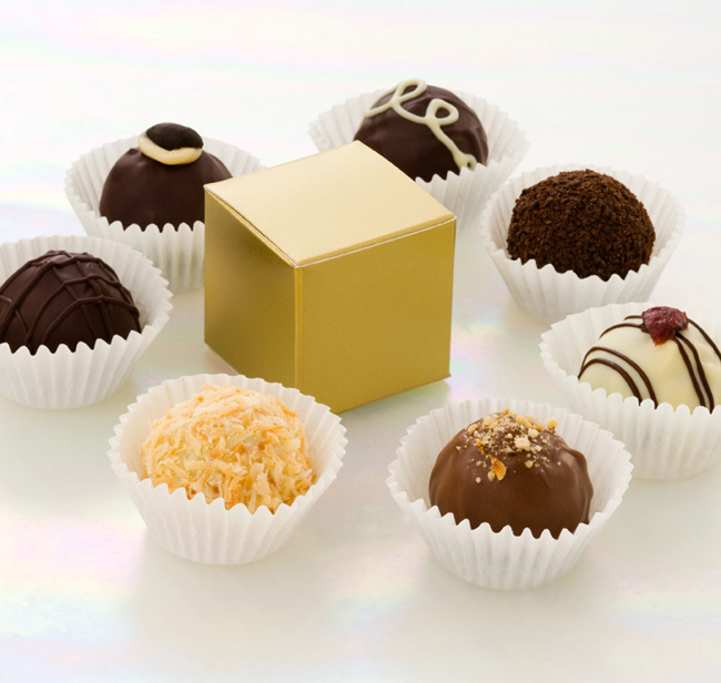 Fair trade & 100% organic mini truffle boxes for your wedding guests