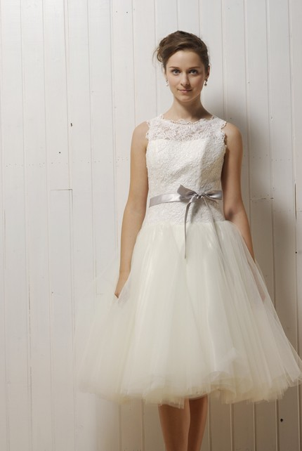 50s style lace and tulle knee-length wedding dress with full a-line skirt