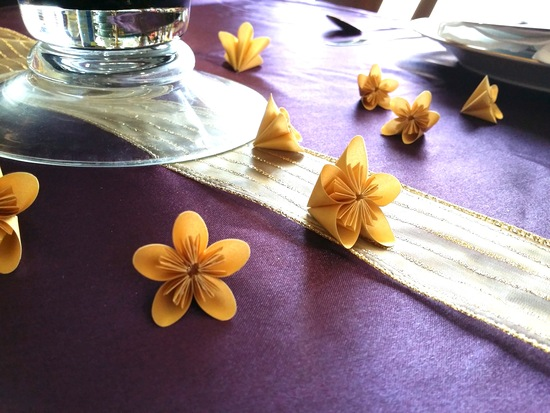 Gold & Eggplant table