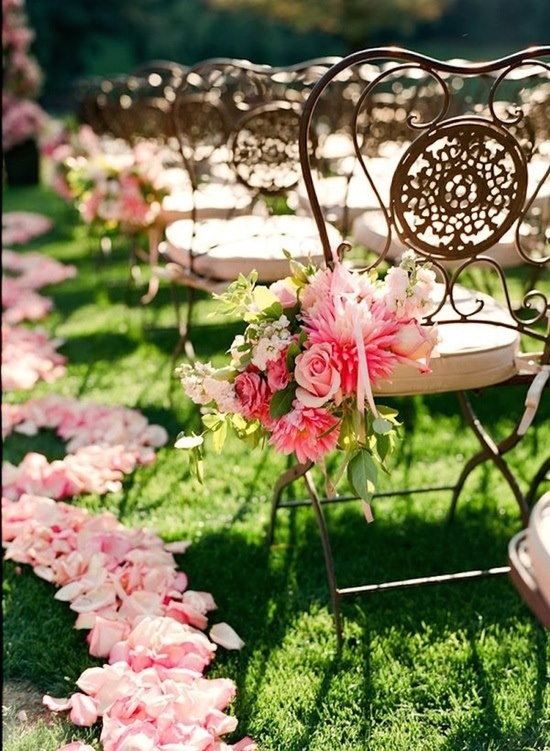 Pink and Feminine Aisle Decor