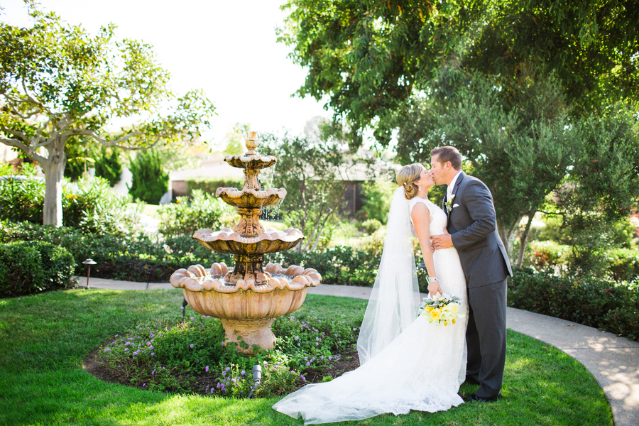 Stunning Newlyweds in a Gorgeous Garden